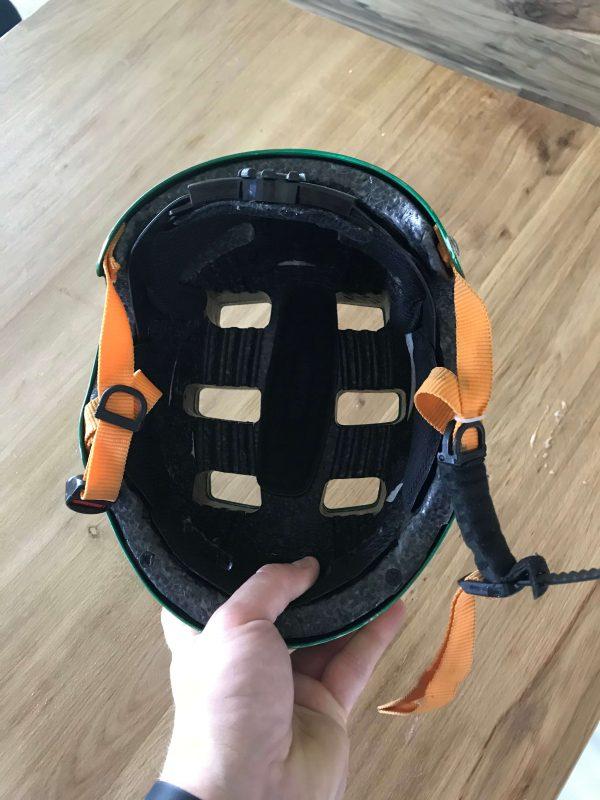 Ile powinien ważyć kask rowerowy dla dziecka?