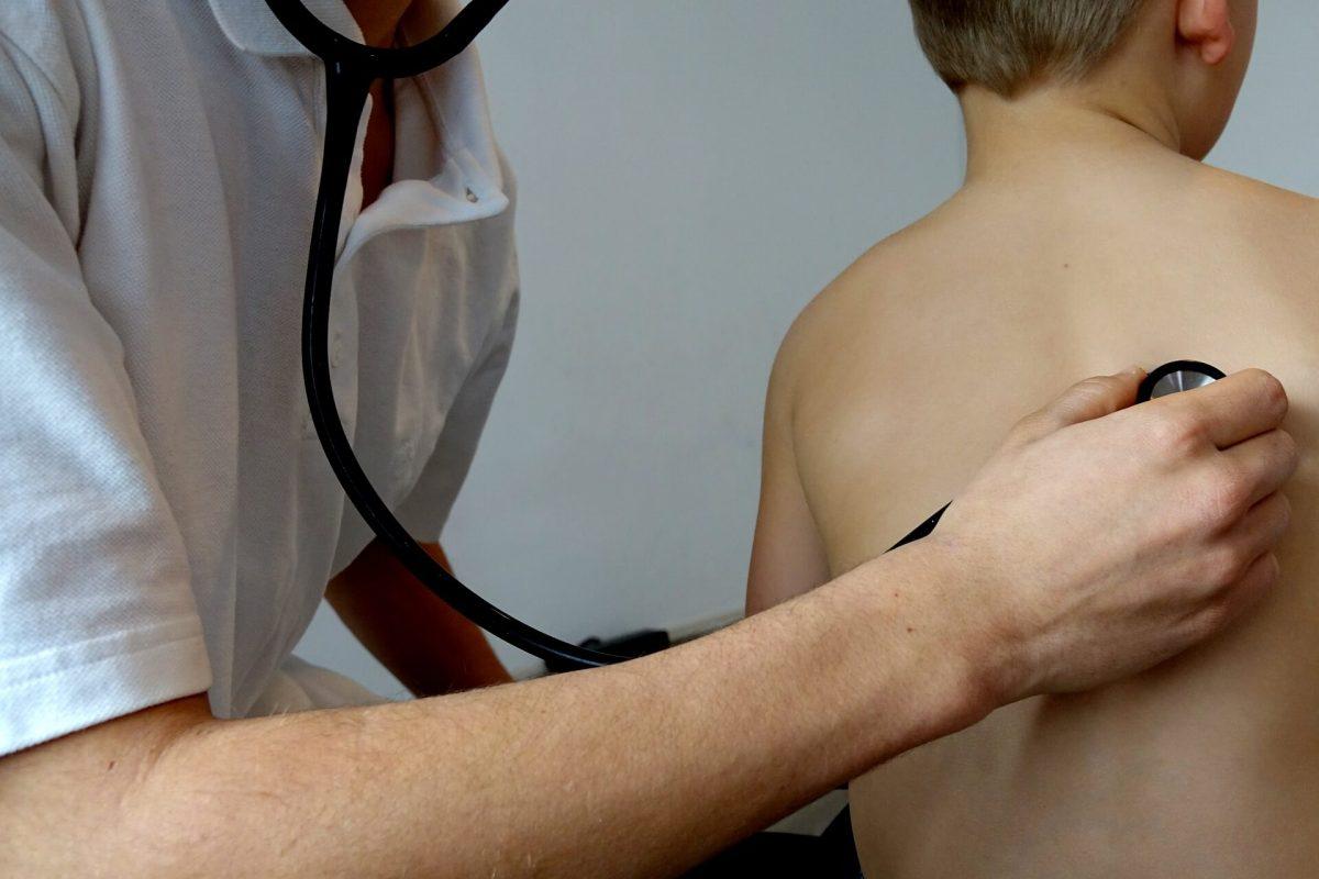 Dzieci są szczególnie narażone na syndrom chorego budynku.